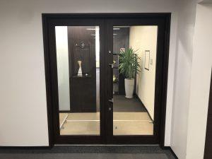 オールワン法律会計事務所入口